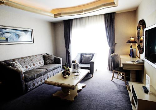 Rocks Hotel & Casino Zimmerfotos