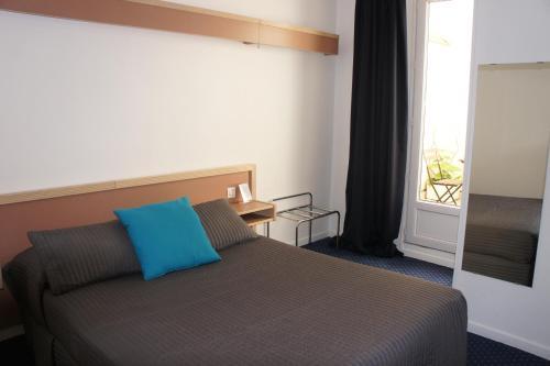 Hôtel Edgar Quinet (Bed and Breakfast)