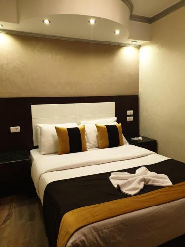 Nile Meridien Garden City Hotel - image 9