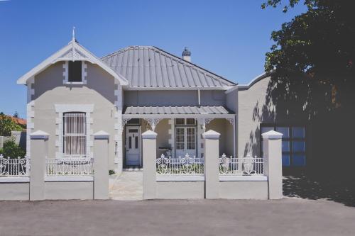 The Victorian Strand