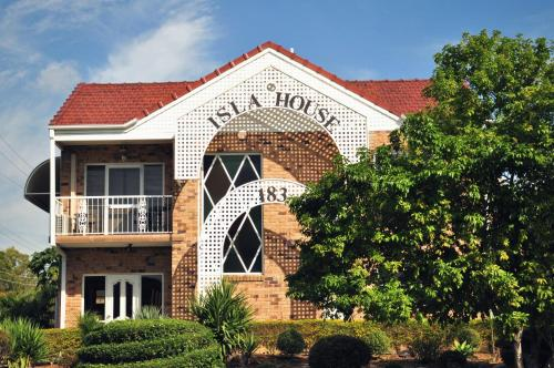 Isla House Greenslopes