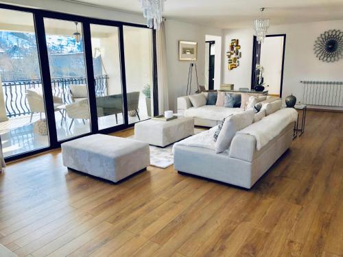 Frenchie's House - Accommodation - Borsa