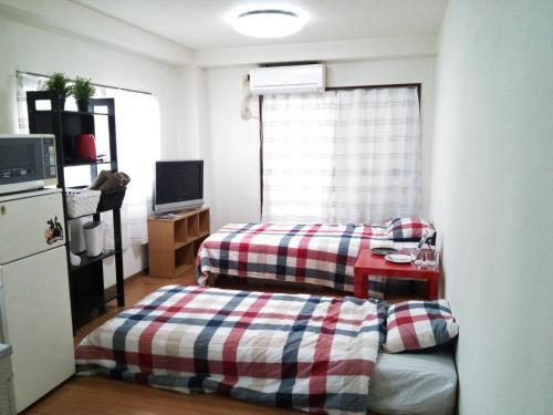 新宿三丁目駅近く 新宿駅徒歩圏内のマンションで三密回避 家具家電付きのお部屋で自炊も可能 消毒殺菌清掃