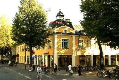 Mojo Hotell - Örebro