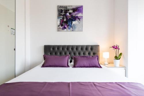 Hotel iQ130 Apartment Hotel