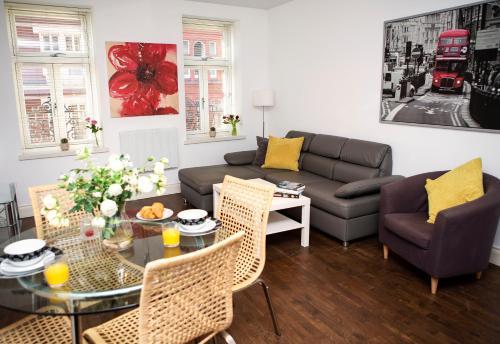 Apartment 2, Trafalgar Square (Second Floor) Hovedfoto