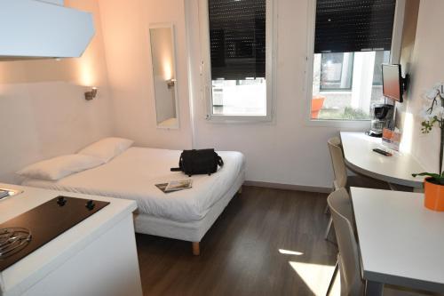 Montempô apparthotel Lyon - Hôtel - Vénissieux