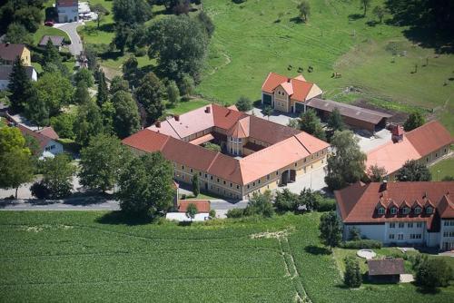 Gasthof Fischer Dörnbach, Pension in Wilhering