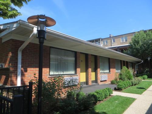 Carleton of Oak Park - Oak Park, IL IL 60302