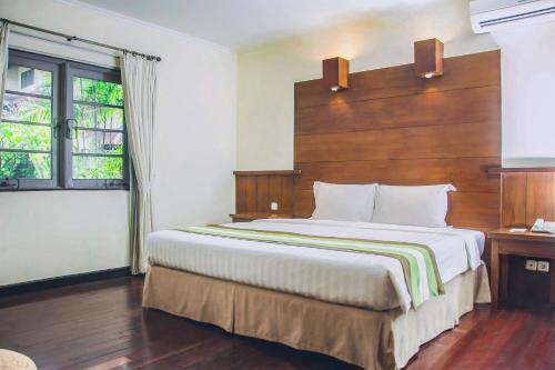 . Whiz Residence Darmo Harapan Surabaya