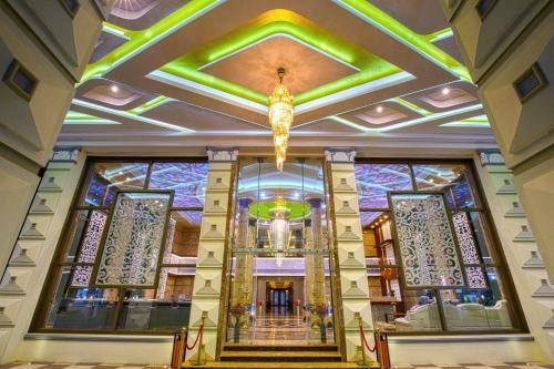 . Hotel Arjunaa