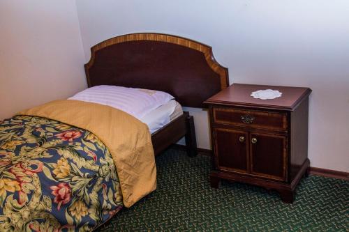 Galant Hotel - Photo 3 of 38