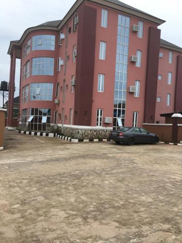 REMMYKINGS GLOBAL HOTEL LTD, Owerri Municipal
