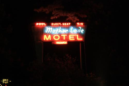 Mother Lode Motel