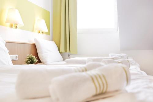 . bestprice Hotel Aachen City