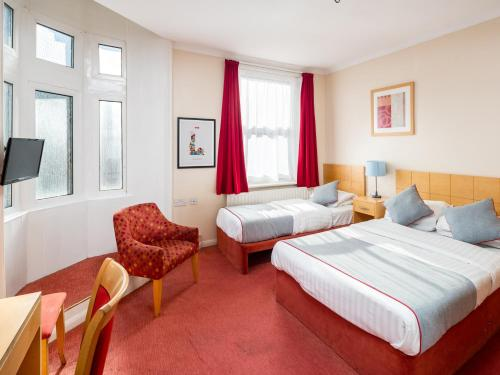 OYO New Dome Hotel - South East London