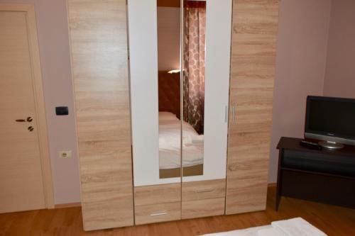 Фото отеля Hotel Gjilani