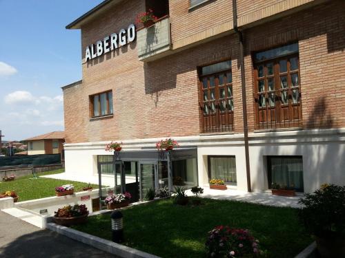. Hotel I Platani