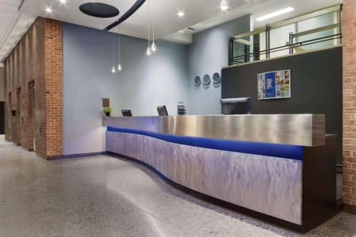 Travelodge By Wyndham Montreal Centre