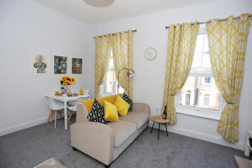 Nunthorpe Road Apartment