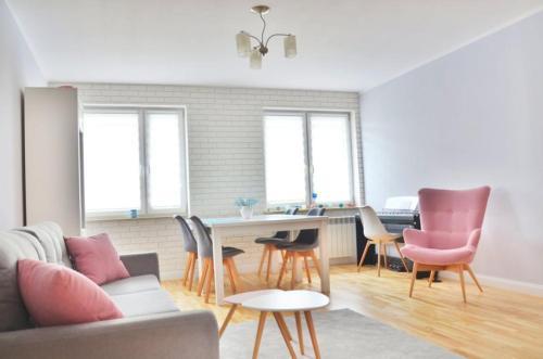 . Apartament Promyczek