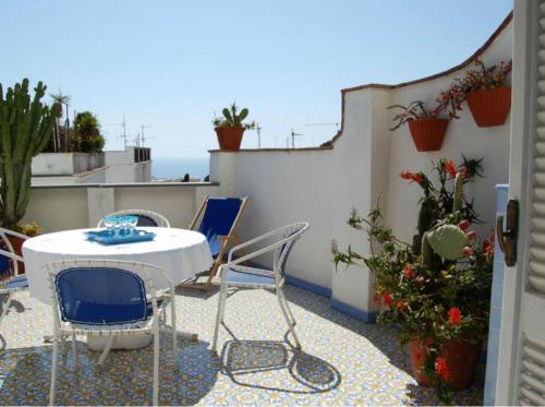 Caprihouse, 80076 Capri