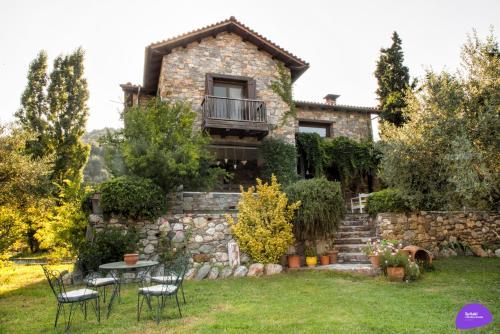 . Country House Spitaki