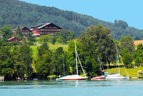 . Hotel Haberl - Attersee