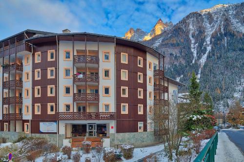 Ascender: Residence Riviere Chamonix