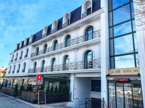 . Casa Comana Boutique Hotel