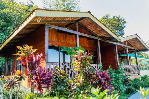 . Heliconias Rainforest Lodge