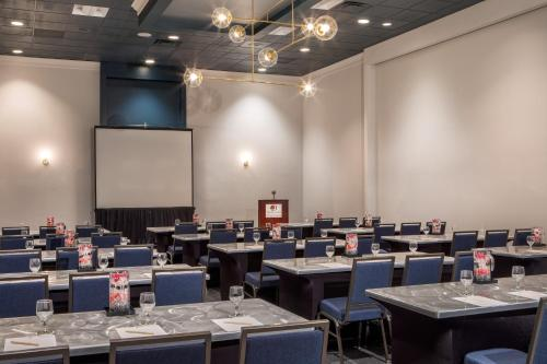 DoubleTree by Hilton Atlanta Northwest/Marietta - Atlanta, GA GA 30339