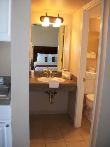 El Coronado Resort - Wildwood Crest, NJ 08260