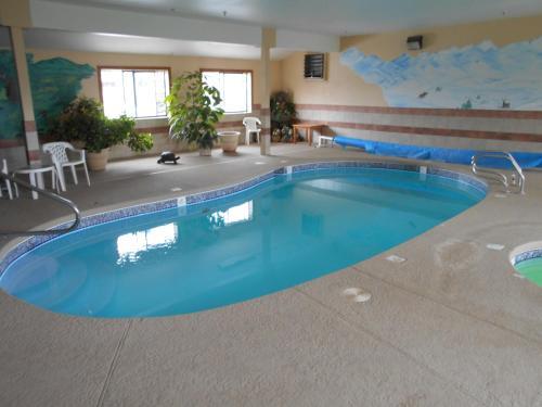 Alpine Inn & Suites Gunnison - Gunnison, CO 81230