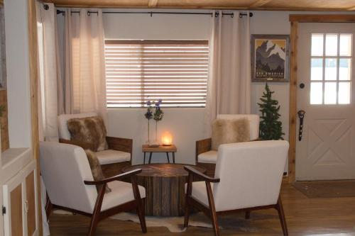 Evergreen Motel - West Yellowstone, MT 59758