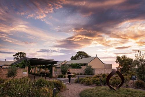 Cnr Seppeltsfield and Stonewell roads, Marananga, South Australia 5355.