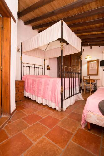 Linos Inn - Photo 6 of 64