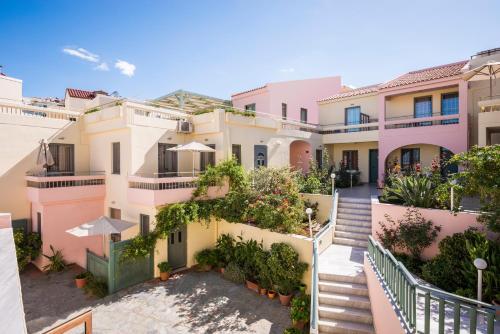 . Mistrali Suites & Apartments