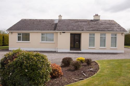 . Eagle View Holiday Home