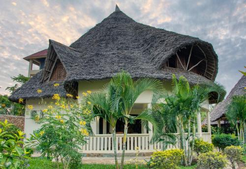 Golf And Living Villa Semira- Diani Beach