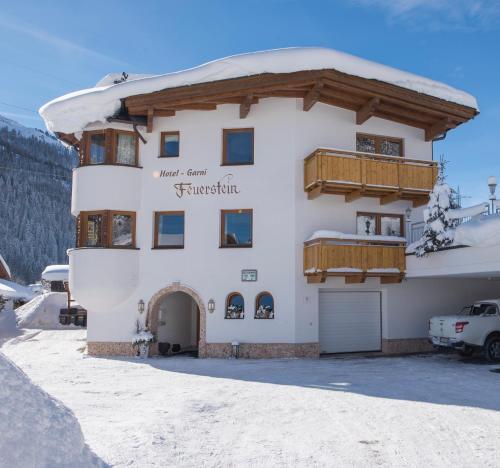 Hotel Garni Feuerstein - Accommodation - St. Anton am Arlberg