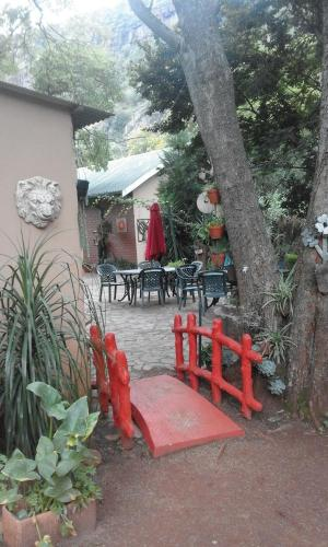 Aloes Country Inn (B&B)