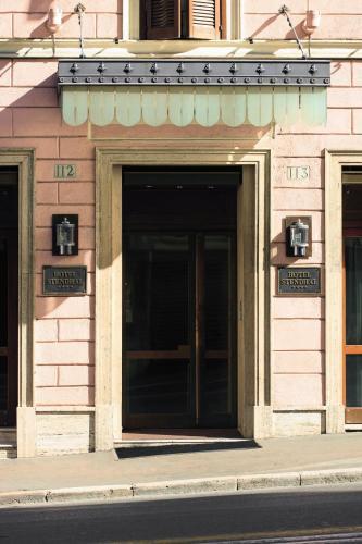 Via del Tritone 113, 00187 Rome, Italy.