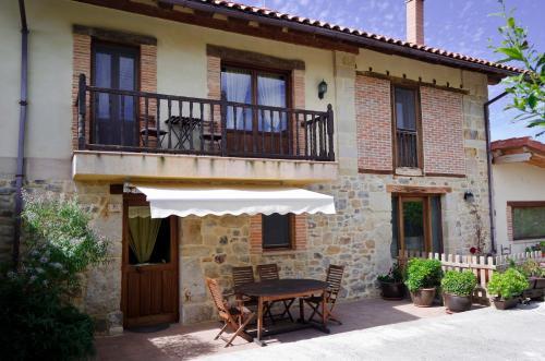 . Apartamentos Playa Galizano