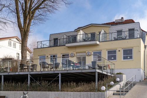 . Hotel am Wasserschloss Glücksburg