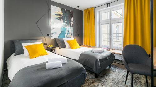 Camera Apartment