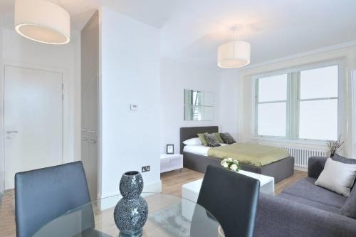 Destiny Scotland - St Andrew Square Apartments photo 6