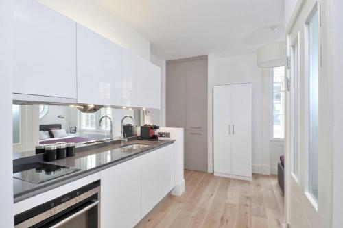 Destiny Scotland - St Andrew Square Apartments photo 9