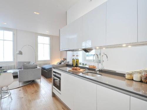 Destiny Scotland - St Andrew Square Apartments photo 15