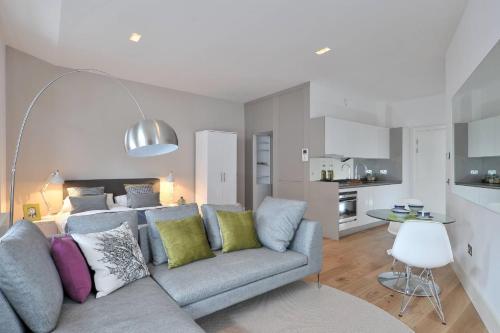 Destiny Scotland - St Andrew Square Apartments photo 16